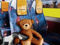 Пътник в автобус на ECOLINES